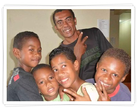main-image_Fiji_2 boys and medical electives in fiji