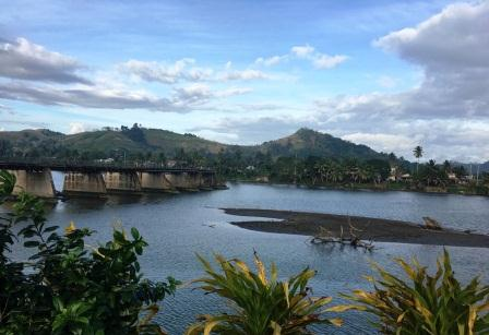 Volunteer in Sigatoka